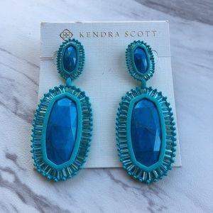 Kendra Scott Jewelry - Kendra Scott Kaki Earrings